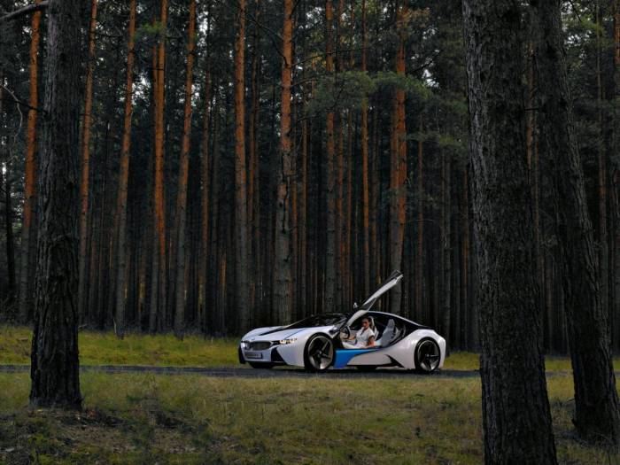 2010_BMW_Vision_EfficienctDynamics_Concept_Photos_36_