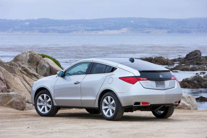 2010_Acura_ZDX_Photos_93_