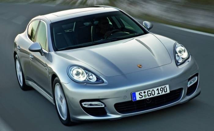 2010 Porsche Panamera Photos