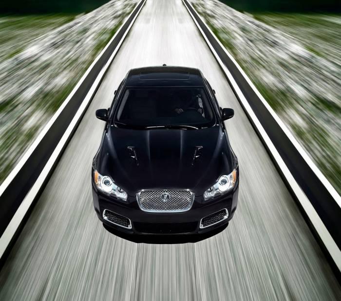 2010 Jaguar XFR Photos