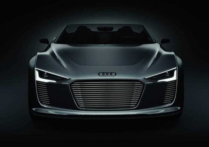 2011 Audi e-Tron Spyder Concept Photos
