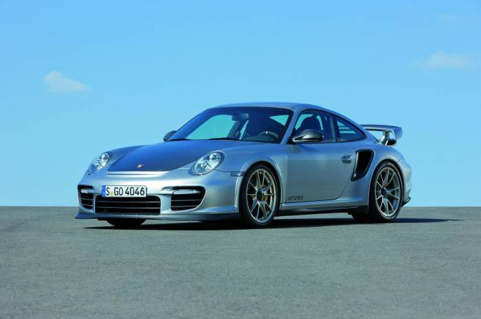 2011 Porsche 911 GT2 RS Photos