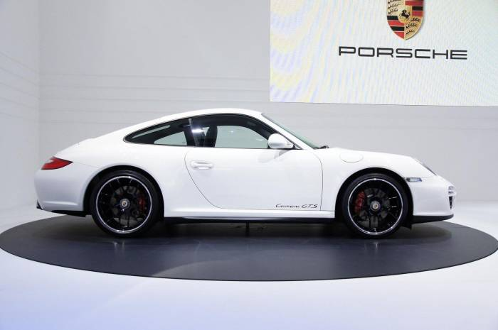 2011 Porsche 911 GTS Coupe and Cabriolet Photo Collection