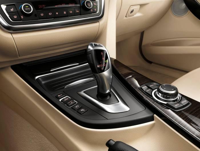 2012 BMW 3-Series (F30) Photos