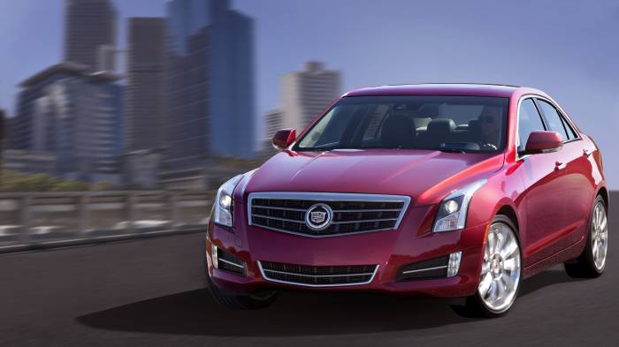 2013 Cadillac ATS Sports Sedan Photos