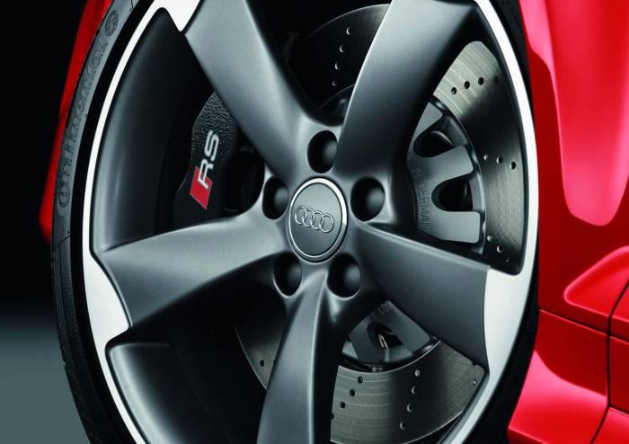 2012 Audi RS3 Sportback Photos