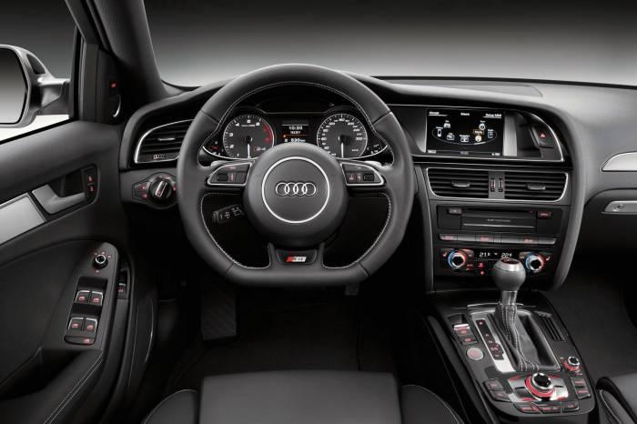 2012 Audi S4 facelift Photos