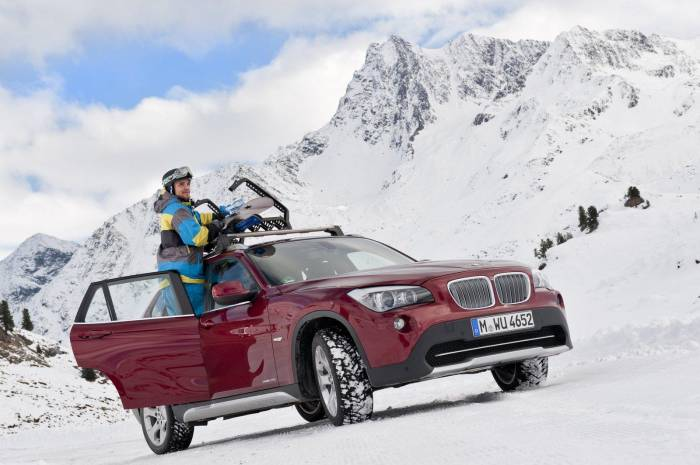 2012 BMW X1 xDrive28i Photos