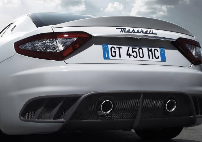 2011 Maserati GranTurismo MC Stradale Photos