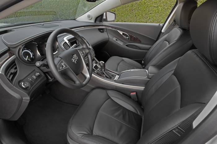 2012 Buick LaCrosse Photos
