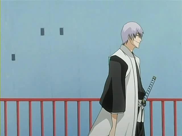 Bleach_-_Ichimaru_Gin_3rd_Division_Captain_Pictures_26_