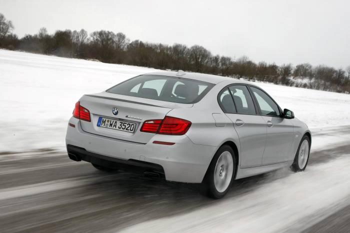 2012 BMW M550d xDrive Photos