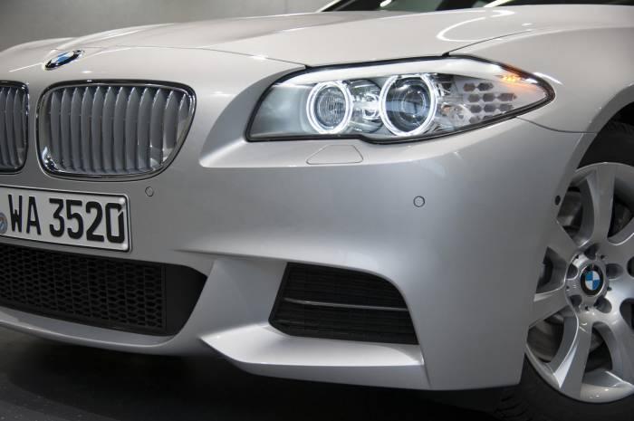2013 BMW M550d xDrive Photos