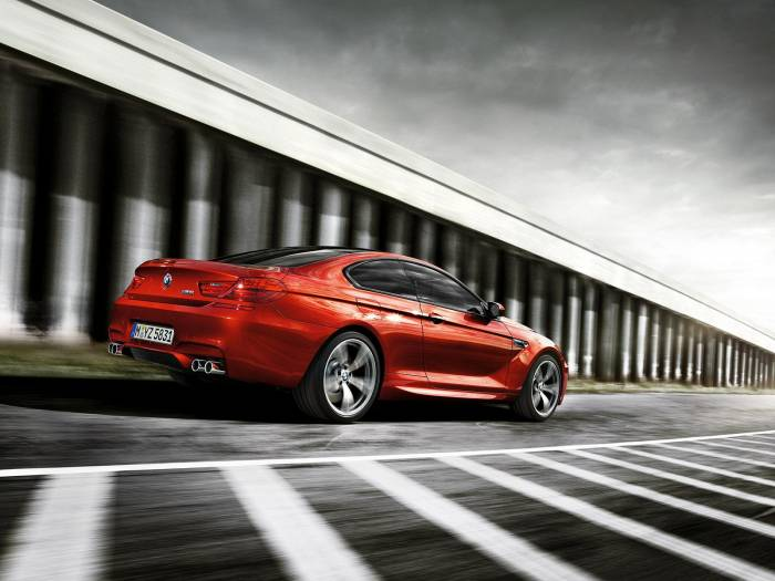 2013 BMW M6 Coupe Photos