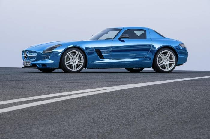 2012 Mercedes-Benz SLS Electric Drive Photos