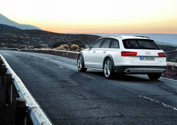 2013 Audi A6 Allroad Photos